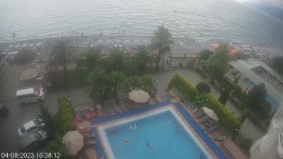 Вид на пляж с отеля
